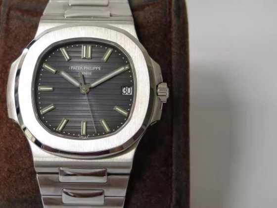 patek philippe replica nautilus 5711 clone movement-2